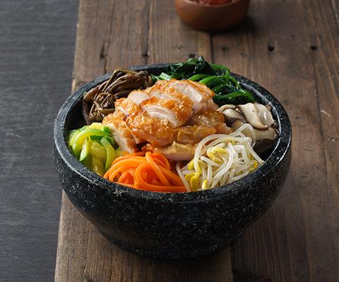 Hot stone pot Bibimpap with chicken